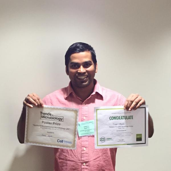 Graduate student wins two best poster prizes at a Gordon conference