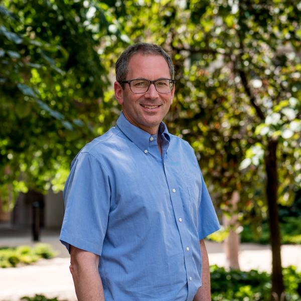 Erik Herzog named Viktor Hamburger Professor of Biology