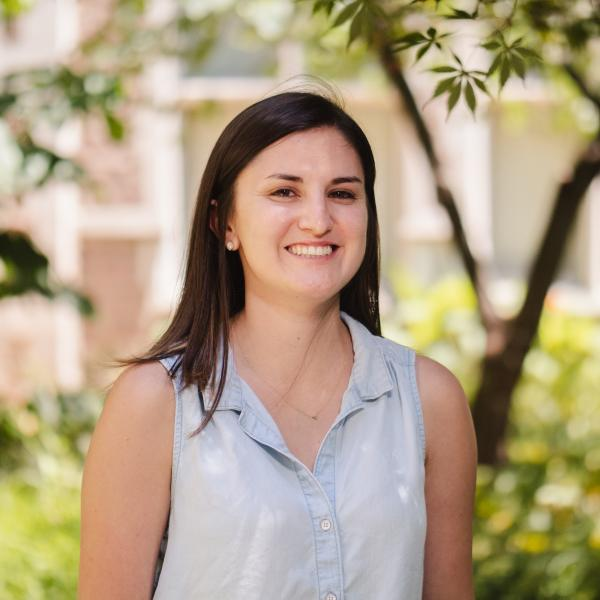 Elizabeth Mueller, graduate student in the Levin lab, wins the Nat L. Sternberg Thesis Prize.