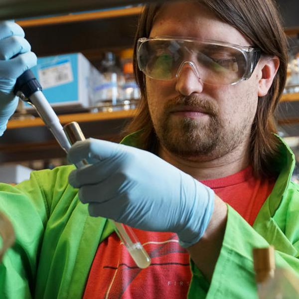 Germ-Killing Chemical Shields Bacteria From Antibiotics